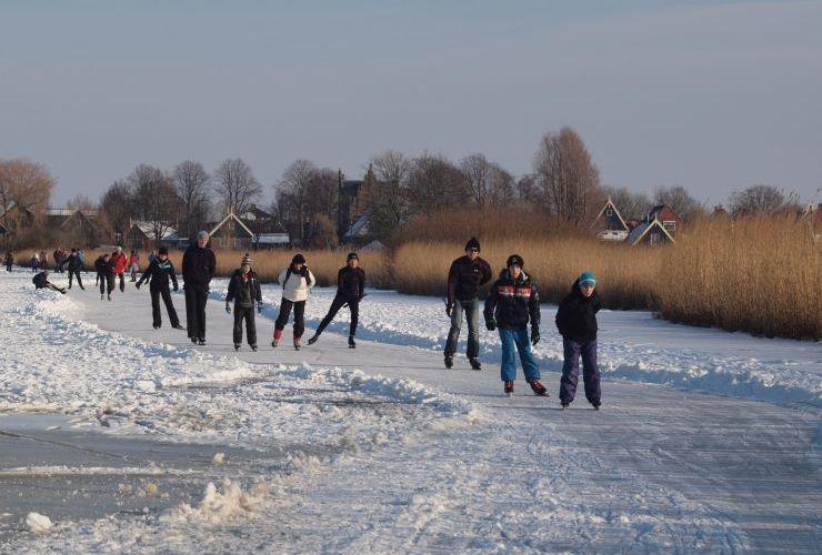 Grafterijsclub schaatsen voor de jeugd